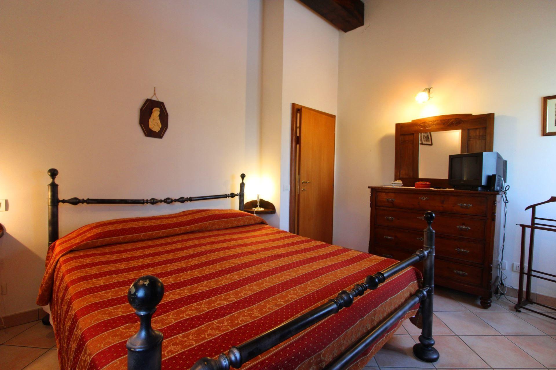 Il Viaggiolo Ferienhauser Toskana Fur Personen Mit Schlafzimmer Unterkunft In Foiano Della Chiana